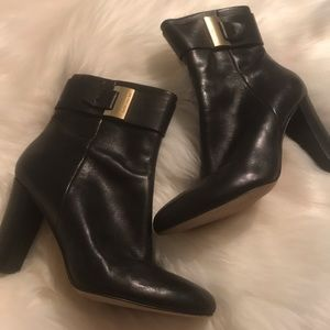 Michael Michael Kors Leather black ankle boots